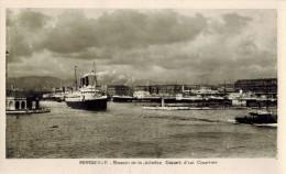 """TRANSPORT BATEAUX PAQUEBOT : """" MARSEILLE Départ D'un Courrier Bassin De La Joliette """" Remorqueur Type Carte Photo - Steamers"""