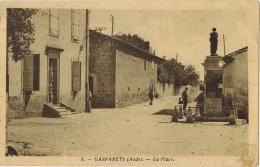"""GASPARETS : Peu Courant Petit Tirage - """" La Place """" - Monument Aux Morts Sur Lequel Est Collée Une Affiche PINDER - Autres Communes"""