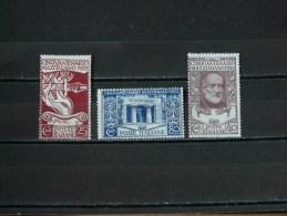 ITALIE - 1922 N° 121/123 * - 1900-44 Victor Emmanuel III.