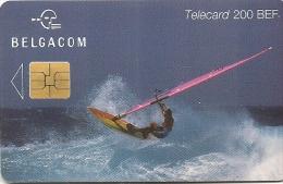 CARTE-PUCE-BELGACOM-200BE F-SURF-31/08/2000- TBE-