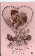 Belle Carte Brodée.. Couple.. Amour.. Amoureux.. Brillants.. La Chaîne Du Coeur.. Bonheur - Brodées