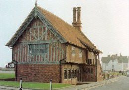 Postcard - Aldeburgh Moot Hall, Suffolk. A