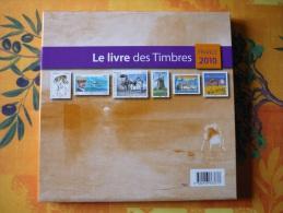 Le Livre Des Timbres  Année 2010 - Documents De La Poste