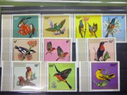 REP. RWANDA 464/473  xx ( COB ) COTE : 11 EURO ( B )
