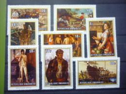 REP. RWANDA 330/337  xx ( COB ) COTE : 4.50 EURO ( B )