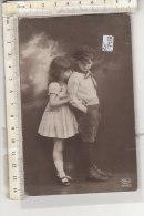 PO7927C# COPPIE BAMBINI   VG 1924 - Gruppen Von Kindern Und Familien
