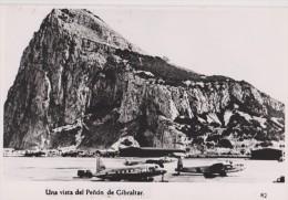 Carte Photo,GIBRALTAR EN 1957,PENON,piste,aéroport ,rocher,pilier D´hercule,territoire Britannique,united Kingdom - Gibraltar