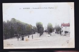 AUXERRE  /  FAMILLE CHAMOT RAVIERES DANS LE 58 - Auxerre