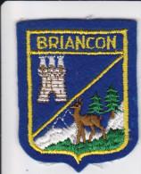 ECUSSON TISSU BRODE BRIANCON HAUTES ALPES  BLASON ARMES HERADIQUE - Ecussons Tissu