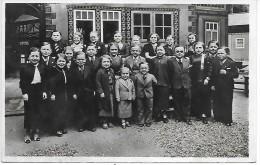 ROYAUME DE LILLIPUT - Exposition Internationale PARIS 1937 - Un Groupe De La Population - Spectacle
