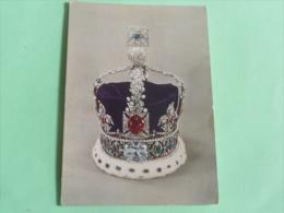 Couronne De La Reine VICTORIA - Familles Royales