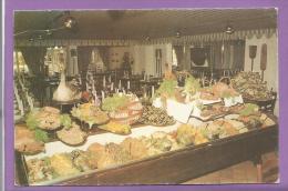 """d�pt 24 -  H�tel-des Voyageurs """"Chez Popaul"""" - Beaumont du P�rigord - Table de hors-d'oeuvre"""