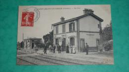 SAINT-JULIEN-LE-FAUCON (Calvados)  La Gare - France