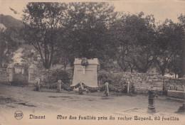 Dinant Cpa Mur Des 83 Fusillés Près Du Rocher Bayard - Dinant