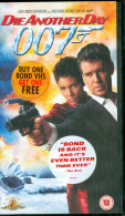 Video: Pierce Brosnan, Halle Berry - James Bond 007 Die Another Day - Action & Abenteuer