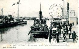 """N°40214 -cpa Saint Nazaire -le Remorqueur """"Athlète"""" Débarque Les Passagers Transatlantiques- - Remorqueurs"""