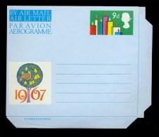 AEROGRAMME AEROGRAM STATIONERY 1967 * UNITED KINGDOM UK GB * CHRISTMAS * MINT - Stamped Stationery, Airletters & Aerogrammes