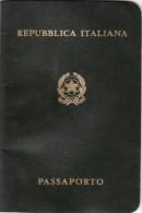 PASSAPORTO /  PASSAPORT  -  Repubblica Italiana _  Marca Da Bollo Da Lire 20.000 - Documenti Storici