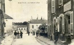 IS-sur-TILLE la poste et a rue (C4426)