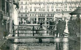 N°40228 -cpa Nantes Inondations -place Du Commerce- - Nantes
