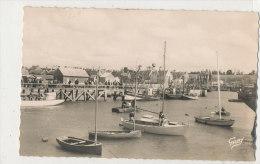 U U 118/ C P S M .GRANDCAMP LES BAINS  ( 14)  BATEAUX AU PORT - France