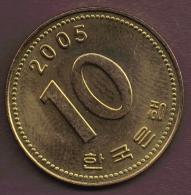 SOUTH KOREA 10 WON 2005 - Korea, South