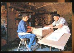 CPM Neuve 63 AMBERT Musée Du Papier Le Levage Des Feuilles Blanches - Ambert