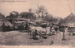 GUINEE PORTUGAISE/ VILLAGE FOULACOUN/ BELLE ANIMATION/Réference 4912 - Guinée Equatoriale