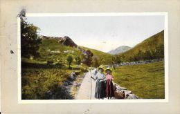 [DC5736] CARTOLINA - CONTADINE SULLA STRADA - Viaggiata 1911 - Old Postcard - Agricoltura