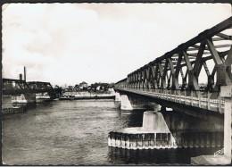 Cpsm 67_STRASBOURG - Pont Du Rhin, La Frontière, Carte Dentelée - Ponts