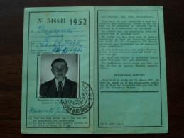 Bond Kroostrijke Gezinnen ERKENNINGSKAART - CARNET D'IDENTITE Anno 1952 ( Haesevoets Jules Schakkebroek ) ( Photo ) !! - Titres De Transport