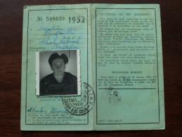 Bond Kroostrijke Gezinnen ERKENNINGSKAART - CARNET D´IDENTITE Anno 1952 ( Menten Henriette Schakkebroek ) ( Photo ) !! - Vervoerbewijzen