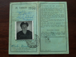 Bond Kroostrijke Gezinnen ERKENNINGSKAART - CARNET D´IDENTITE Anno 1952 ( Menten Henriette Schakkebroek ) ( Photo ) !! - Autres