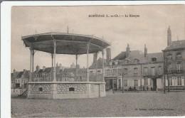 CPA Dép 41 Montoire Le Kiosque  Circulée - Montoire-sur-le-Loir