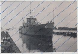 120053 Foto Photo Kreuzer HMS Leander Brunsbüttel 1934 Cruiser Leander In Germany - Boten