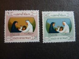 KOWEIT, ann�e 1967, YT n� 346 et 347 neufs, tr�s l�g�re trace charni�re