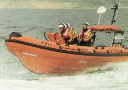Postcard - Weymouth Lifeboat, Dorset. S/98/75 - Barche