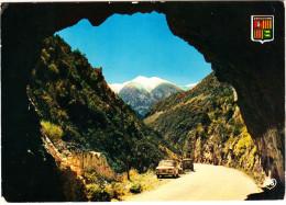 Valls D'Andorra: RENAULT 8 & R 4-COMBI - Tunnel De La Carrerera De La Massana - Toerisme