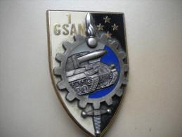 insigne artillerie   , insigne , medaille , lot , insigne ancien , N� 71