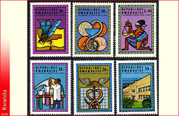 Rwanda 0672/77**  Universite National   MNH
