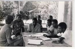 PAPUA NEW GUINEA Papua Neuguinea  Fam. Natschläger  At Board Meeting For NARAMBAIAU STORE - PASSA - Photographs