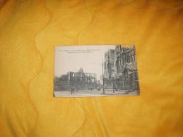 CARTE POSTALE ANCIENNE CIRCULEE DE 1922. /  2069.- LILLE.- PARVIS ST-MAURICE - HOTEL CONTINENTAL / CACHET + TIMBRE. - Lille