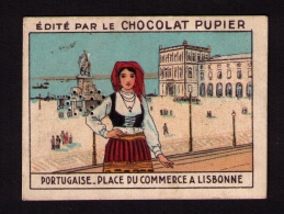 Petite Image Années 1930 Chocolat PUPIER, Portugaise, Place Du Commerce, Lisbonne, « L'Europe », P. 11 - Chocolat