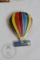 Hot Air Balloon Striped Rainbow Colour - Ballooning _ Signed Demons & Mervelles - Pin Badge #PLS - Otros