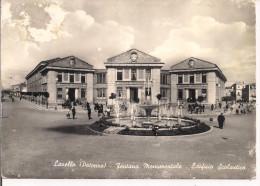 LAVELLO,POTENZA, FONTANA MONUMENTALE, EDIFICIO SCOLASTICO, B/N VIAGGIATA  1961, ANIMATA,
