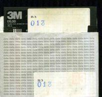 X 13 COMMODORE 64 FLOPPY CONTENUTO PREVALENTE GAMES VEDI ADATTO PER UTENTI ESPERTI - 5.25 Disks