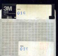 X 16 COMMODORE 64 FLOPPY CONTENUTO PREVALENTE GAMES VEDI ADATTO PER UTENTI ESPERTI - 5.25 Disks