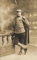 81593 -  Carte Photo     Militaire avec N� 19 sur son col de veste  (1918)