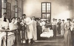 Carte photo � identifier infirmiere enfants