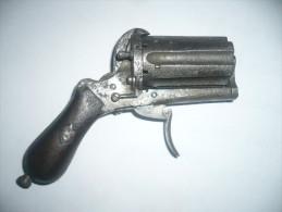 revolver poivriere a broche six coups calibre 7mm